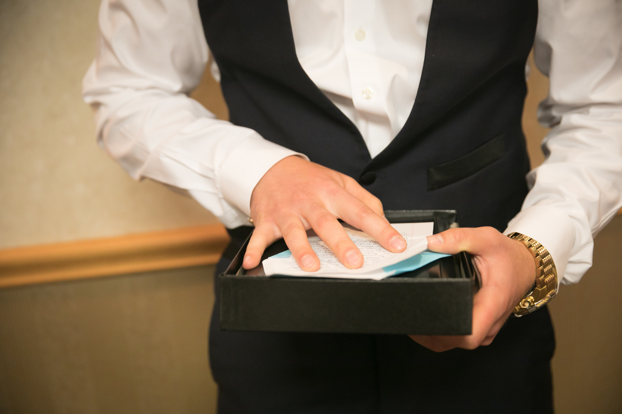 Wedding Gifts Ideas For Groom: Congratulations! Amazing Wedding Gifts For The Groom
