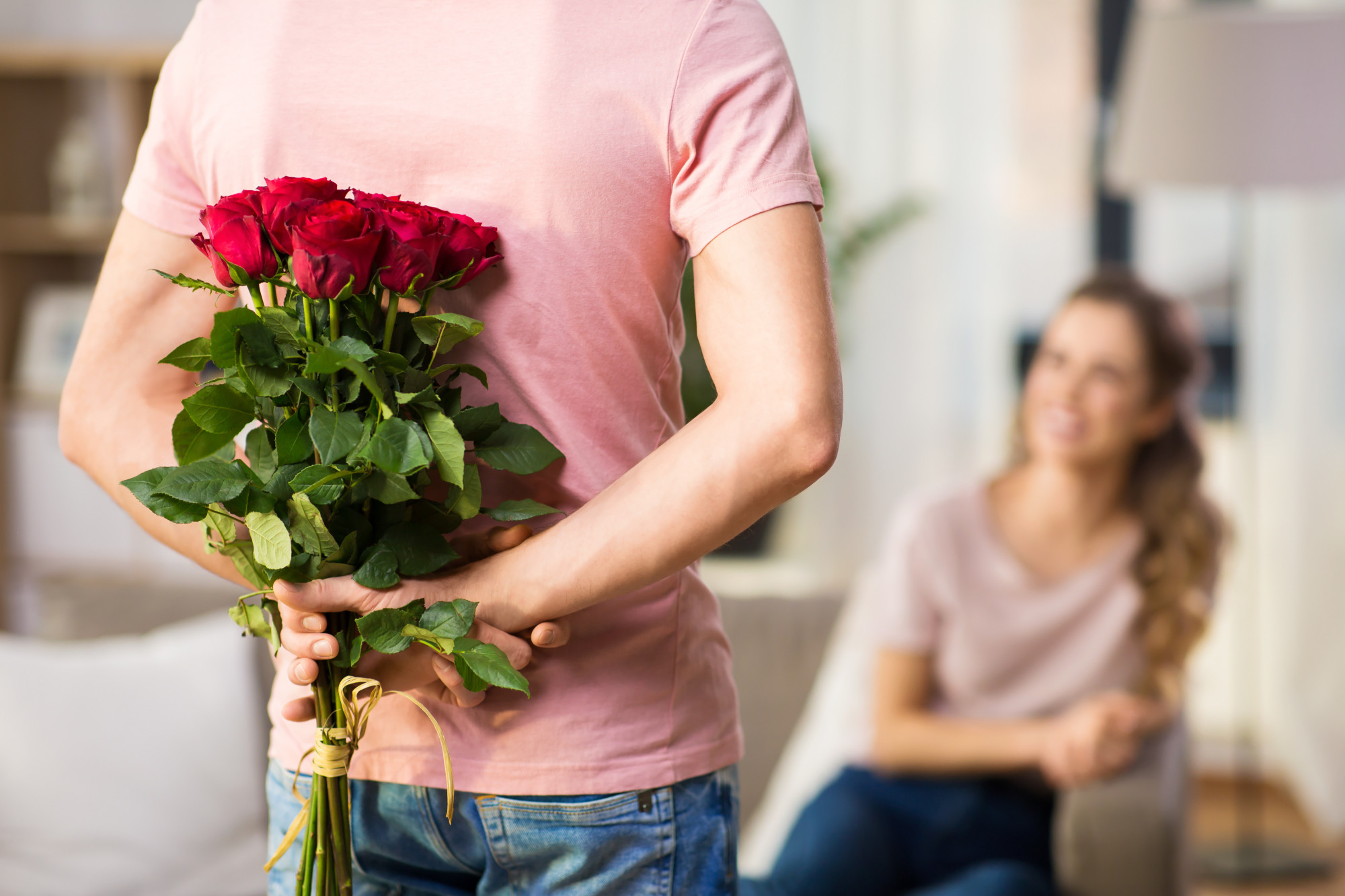 When Is It Appropriate to Give Flowers? - Wishes Choice